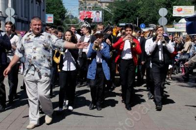 Карнавал на проспекте Кирова