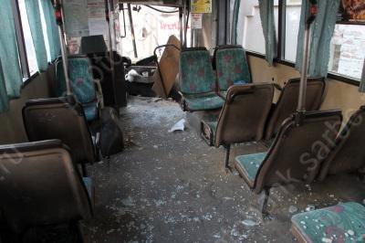 Aвтобус N11 врезался в дом