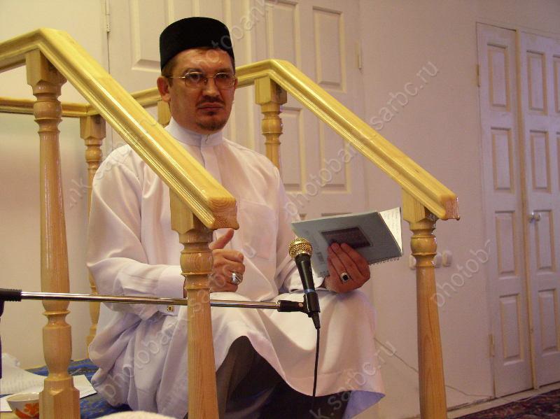 У мусульман - Рамадан