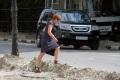 В Саратове демонтируют тротуарную плитку